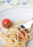 Isolationsschlauch mit Tomate - Teigwaren Lizenzfreie Stockbilder