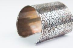 Isolato d'acciaio del braccialetto Immagine Stock Libera da Diritti