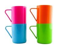 Isolato di plastica della tazza su fondo bianco Fotografia Stock
