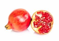 Isolato fresco della frutta del melograno su fondo bianco, foo sano fotografia stock