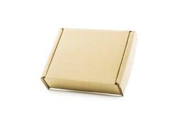 Isolato marrone del contenitore di cartone Immagine Stock