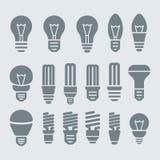 Isolato su bianco Insieme dell'icona della lampadina Immagine Stock Libera da Diritti