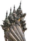 Isolato 7 teste della statua del Naga in tempio buddista, Tailandia Fotografie Stock
