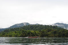 Isole della Tailandia - nebbia & barca Fotografie Stock