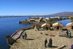 Isole di galleggiamento - titicaca Fotografia Stock