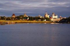 Isole di Solovki (Russia): Monastero e stabilimento Fotografia Stock Libera da Diritti