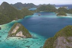 Isole di Wayag Immagini Stock Libere da Diritti