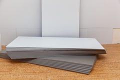 Isolement des panneaux et des matériaux de construction photo libre de droits