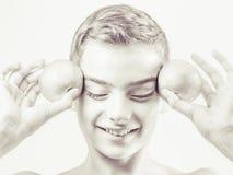Isolerad abstrakt stående för barn Gladlynt begrepp svart white Royaltyfria Bilder