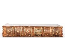 isolerad antik bok Arkivfoto
