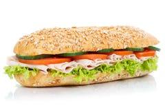 Isolerad bagettsubsmörgås med för kornkorn för skinka helt nytt arkivfoton