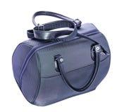 Isolerad blå handväska Arkivbilder