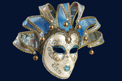 Isolerad blå Venetian maskering Arkivbild