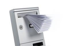 isolerad brevlåda Royaltyfri Foto