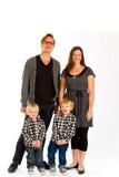 Isolerad familj av fyra Arkivfoton