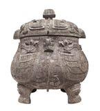 Isolerad forntida kinesisk kruka. royaltyfri foto