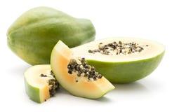 Isolerad grön Papaya Arkivbild