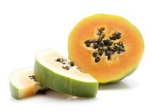 Isolerad grön Papaya Royaltyfri Fotografi