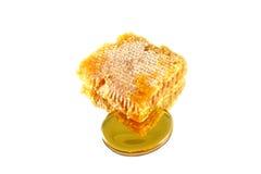 isolerad honungskaka royaltyfri bild