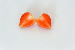 isolerad jordgubbe Arkivbilder