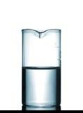 Isolerad kemisk dryckeskärl på tabellen med lösningen Royaltyfria Bilder