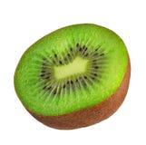 isolerad kiwi Ett kiwisnitt i halvor som isoleras på vit bakgrund med den snabba banan Arkivbilder