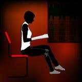 isolerad läsande white för bakgrund flicka Arkivfoto
