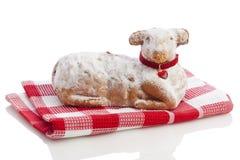 isolerad lamb för cake easter Arkivbilder