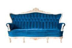 Isolerad lyxig blå sofa Royaltyfria Foton