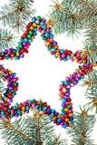Isolerad mångfärgad julstjärnabakgrund med kopieringsutrymme Royaltyfri Fotografi
