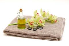 isolerad massagehandduk Arkivfoton