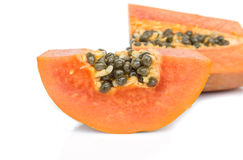 isolerad mogen white för papaya Royaltyfria Foton