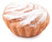 Isolerad muffin på vit bakgrund Royaltyfria Bilder