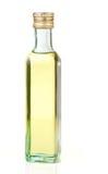 isolerad olja för flaskexponeringsglas kärnar ur druvan arkivfoto