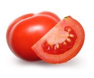 Isolerad röd tomat. arkivfoton