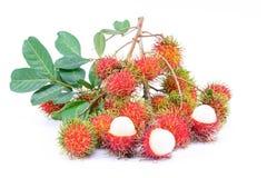 isolerad rambutanwhite för bakgrund frukt arkivbilder