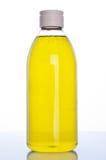 isolerad shampoowhite för bakgrund flaska Arkivbilder