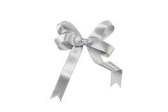 isolerad silverwhite för bakgrund bow Arkivfoton