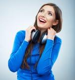 Isolerad stående för musik kvinna Kvinnlig isolerad modellstudio Royaltyfri Bild