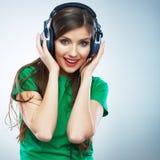 Isolerad stående för musik kvinna Kvinnlig isolerad modellstudio Royaltyfria Bilder