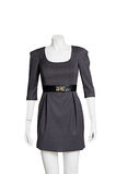 isolerad svart klänning arkivbilder
