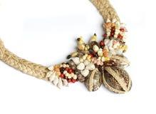 isolerad tahitian white för halsband Royaltyfri Foto