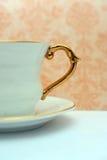 isolerad teawhite för bakgrund kopp Royaltyfri Fotografi