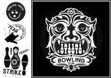 Isolerad vektortotemmaskering Tappningetikett i form av en totemmaskering för bowlingklubban Royaltyfria Bilder