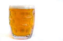 isolerad white för öl exponeringsglas Fotografering för Bildbyråer