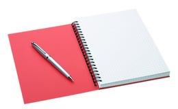 isolerad white för anteckningsbokpennsilver Arkivbild