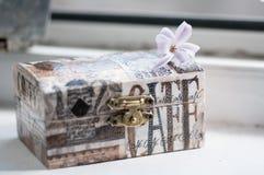 isolerad white för ask gåva arkivfoto