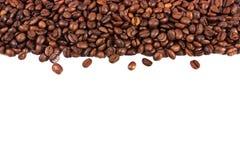 isolerad white för bakgrundsbönor kaffe Royaltyfri Foto