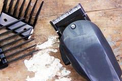isolerad white för clipper hår Royaltyfria Foton