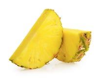 Isolerade ananasskivor royaltyfria bilder